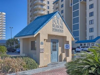 Four_Seasons_Condo_For_Sale_Orange_Beach[1]